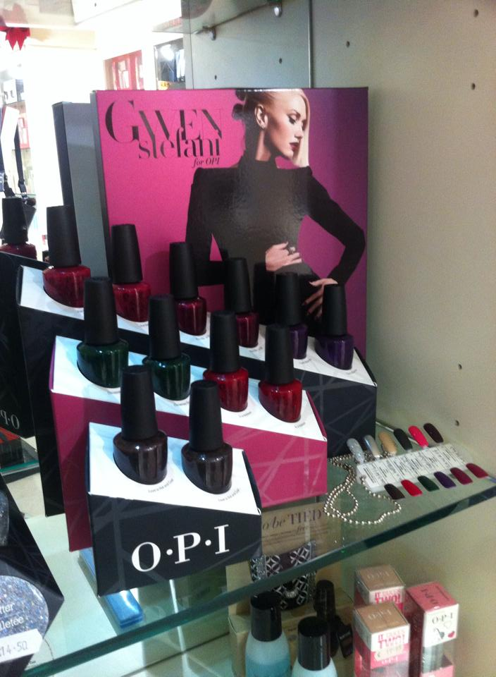 Gwen Stefani for OPI - Full of luscious shades for Christmas